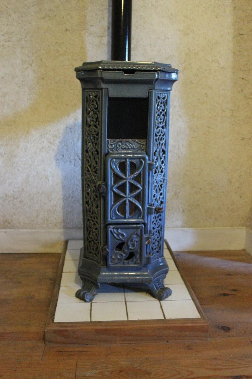 Godin Art Nouveau stove