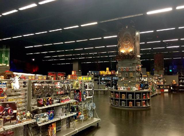 Interior da Loja Gods and Monsters em Orlando