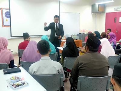 Kursus Pengucapan Awam by Azmi Shahrin at KUIM on 5 March 2016