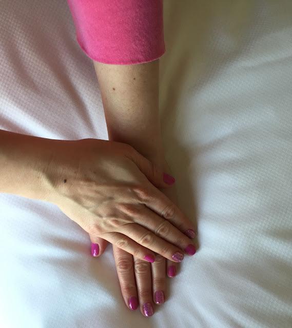 OPI, OPI Hello Kitty nail polish collection, OPI Super Cute in Pink, OPI Charmmy & Sugar, nails, nail polish, nail lacquer, nail varnish, manicure, #ManiMonday