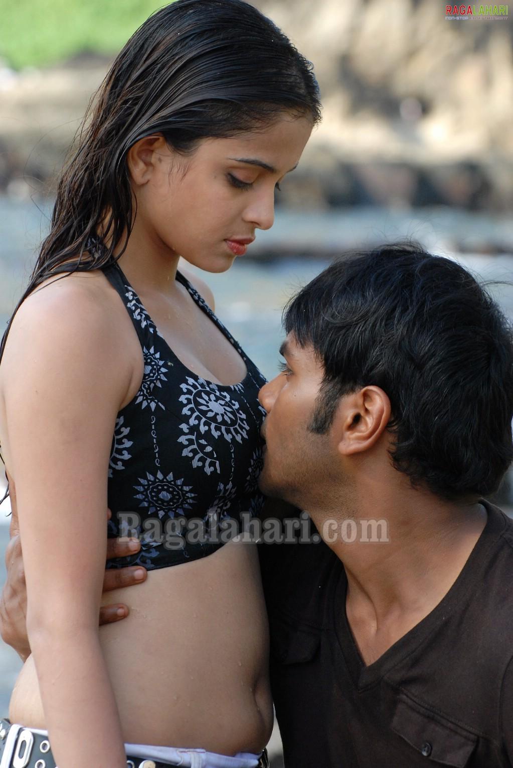 Tamil actress boob kiss