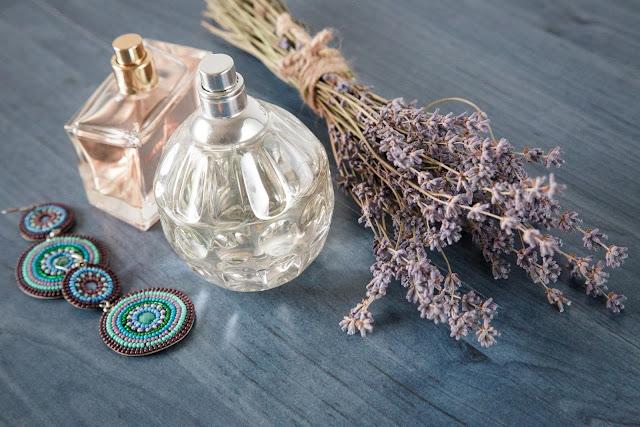 Polskie perfumy, wody perfumowane i wody toaletowe