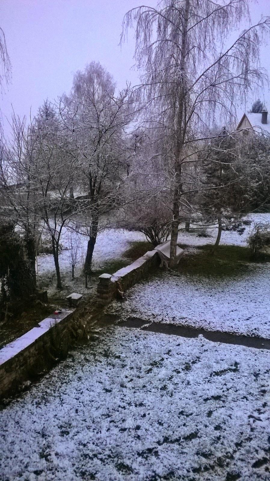 http://www.petitesastucesentrefilles.com/2014/12/la-neige.html