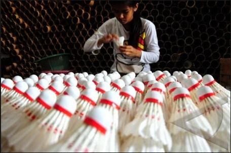 Melalui Kok Badminton, Sadio membuka Peluang Kerja Masyarakat