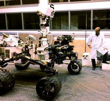 big bang theory howard mars rover - photo #23