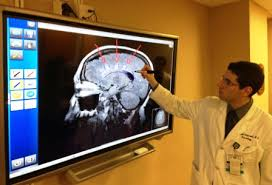 what does neurologist do ?