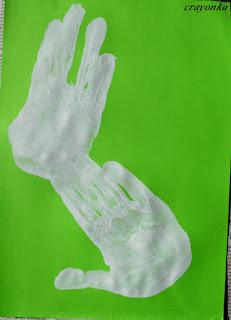 odciski dłoni - w kształcie zająca
