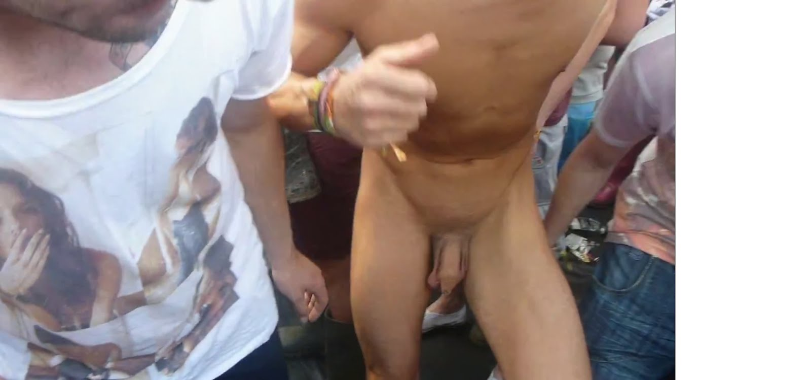 uncut shaved dick