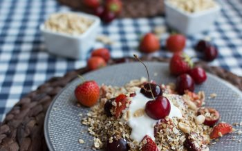 Wallpaper: Cherries and strawberries granola