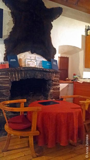 Интерьер ресторана «Сочица», Черногория