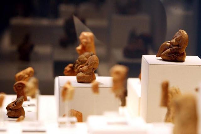 Σαντορίνη: Φυλούσε τα αρχαία για να τα… κλέβει ο ίδιος – Μπλεξίματα για τον νυχτοφύλακα του Μουσείου