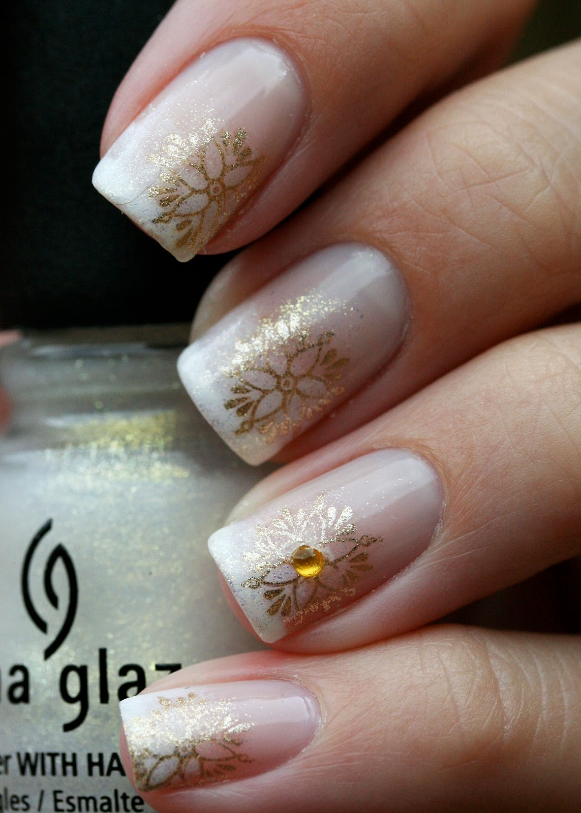 The Nail Network: Fancy gold french!