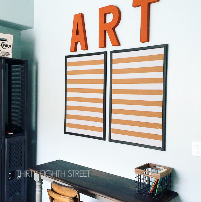 how to organize kids artwork, displaying children art work, bulletin board, how to paint a bulletin board