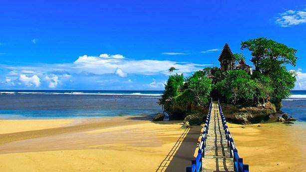 Rute dan Alamat Pantai Balekambang Malang Beserta Harga Tiket Masuk