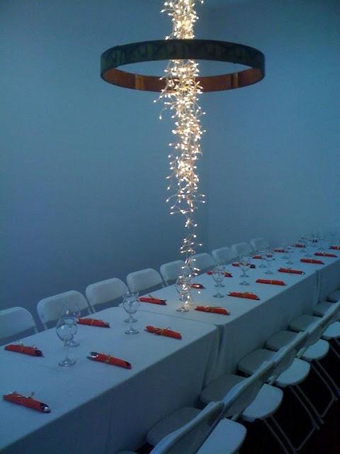 グミのシャンデリア?感性を刺激するクリエイティブな家具#2・9選【a】 天野川のような照明