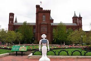 A museum tour guide robot