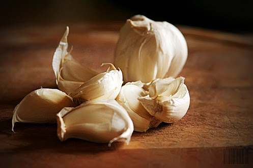 cum eliminam mirosul neplacut de usturoi