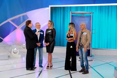 Carlos Alberto, Renata, Silvio Santos, Nana e Tiririca - Crédito: Lourival Ribeiro/SB