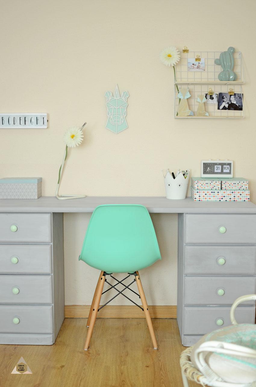 antes y después de un mueble con pintura a la tiza
