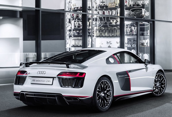 Audi R8 V10 plus Coupe Selection 24h