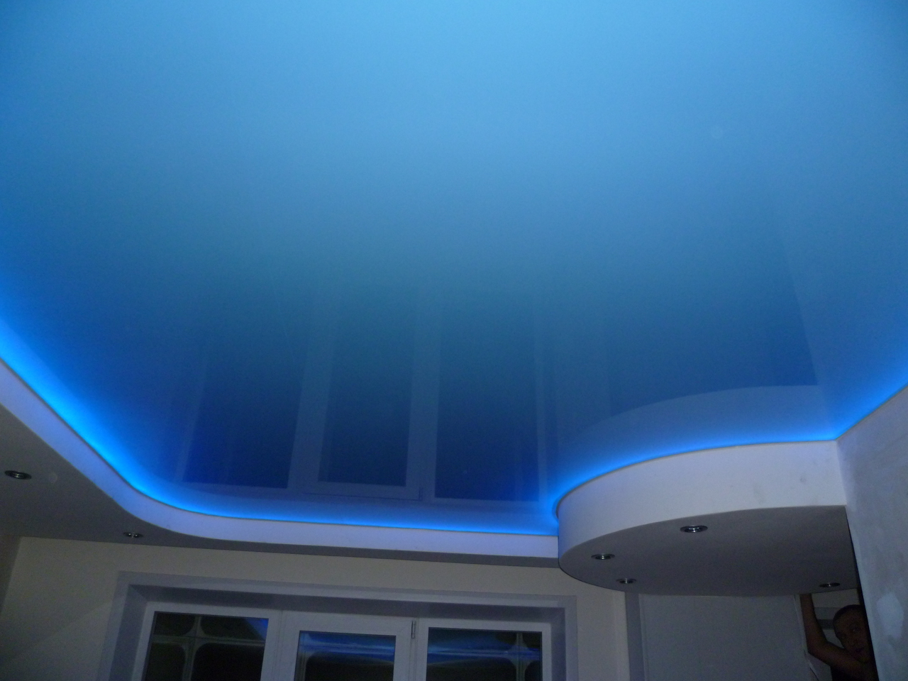 Led Landscape Wiring as well Aa1058 additionally Links moreover 5 Ways To Install Ceiling Led Light Strips moreover Usb Connectors. on home led light strip wiring diagram