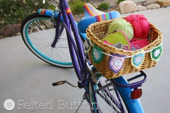 Bike Basket Bunting Free Crochet Pattern by Susan Carlson of Felted Button