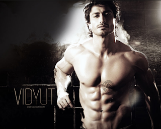 Smokin Hot Vidyut Jamwal..