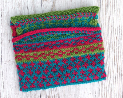 colourwork knitted bag