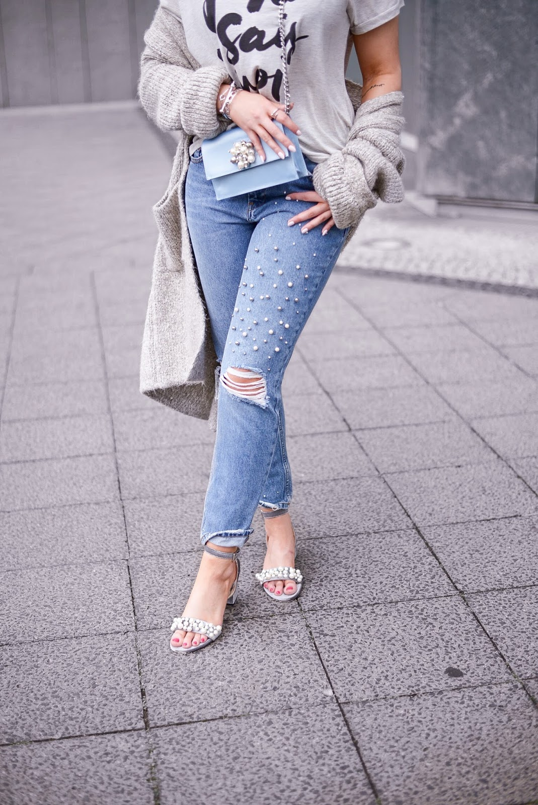 zara jeans with pearls_shoes with pearls_pearl trend_zara sandals