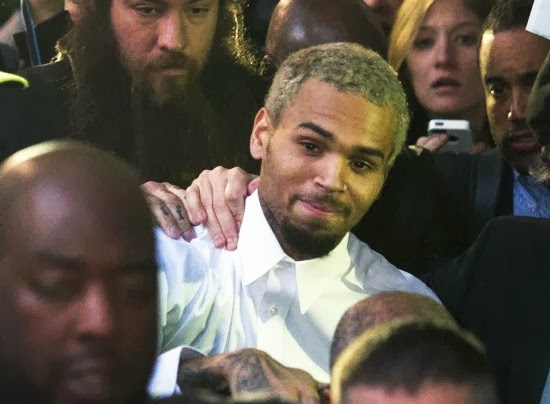 Chris Brown go to rehab