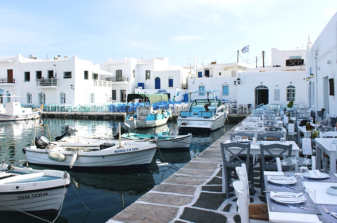 Photos of Naoussa village in Paros.Naoussa Paros slike.What to see in Paros.Paros travel guide.Sta videti na Paros ostrvu.Naoussa old port.