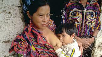 """La leche materna salva vidas, la leche materna es una """"cura milagrosa"""""""