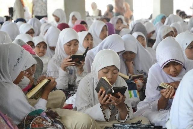 SDN 13 Ujong Kalak Terapkan Hari Baca Al-Qur'an