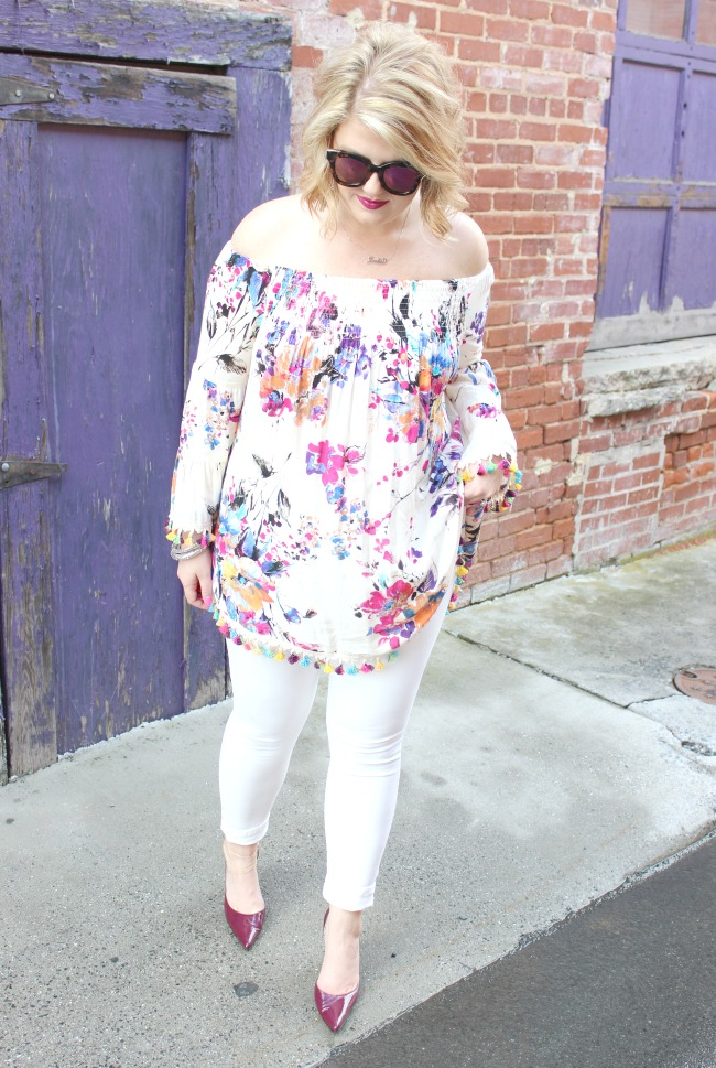 Floral Tassel Top // White Karen Kane Jeans // Mirrored Sunglasses