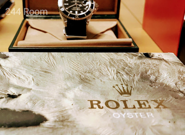Rolex-submarinerdate-genuine-box