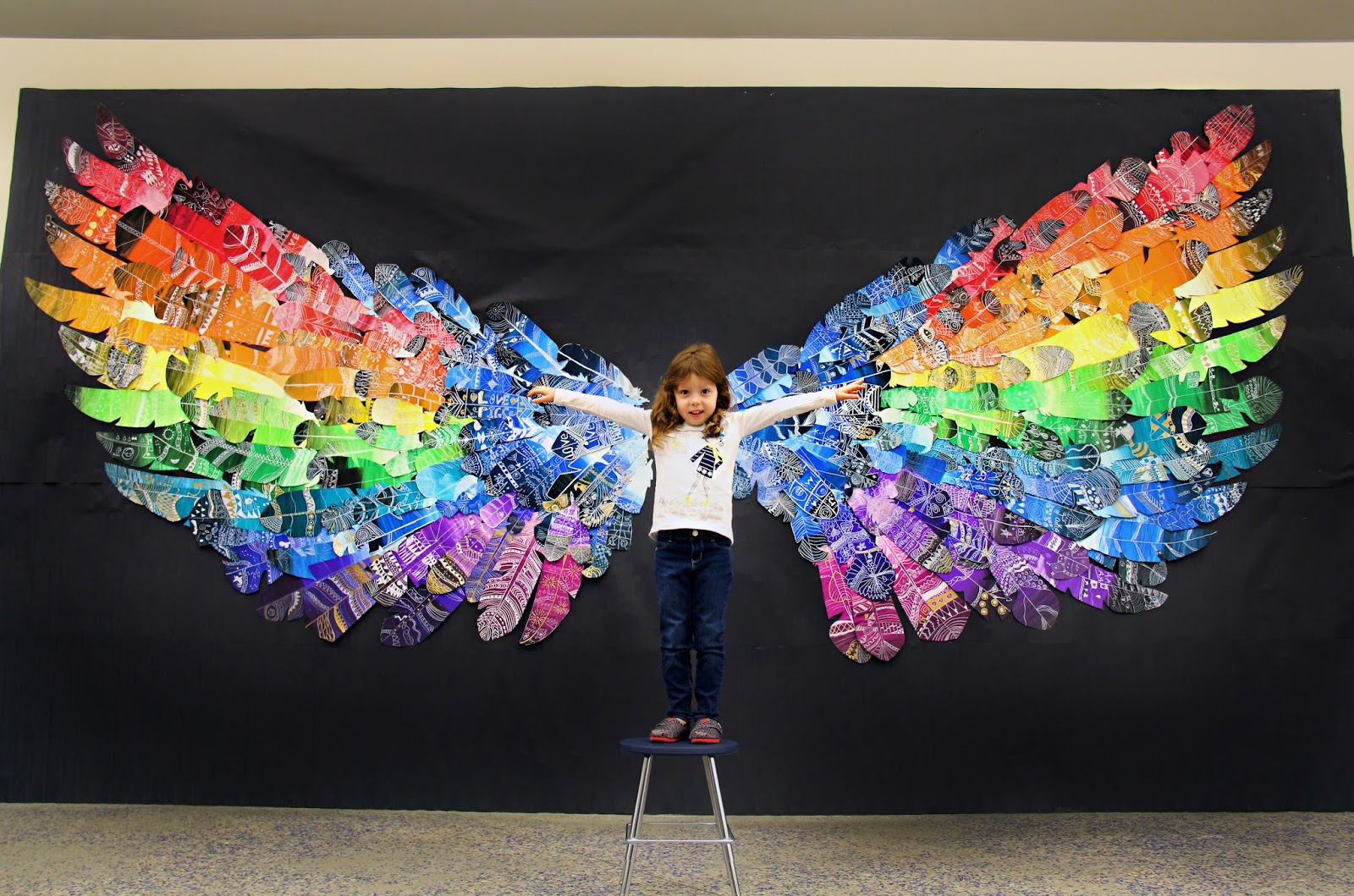 Smart Class Feather Wings Mural