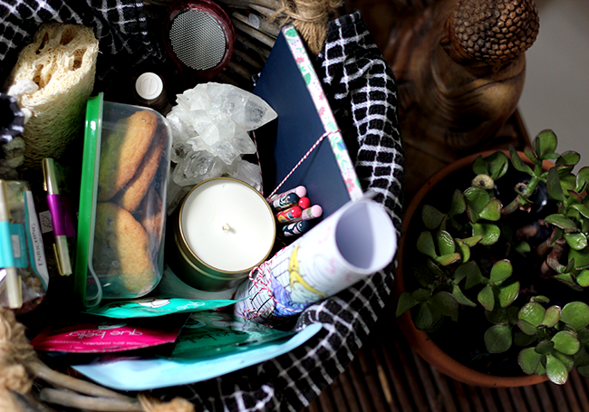 How To Put Together A Self Care Package