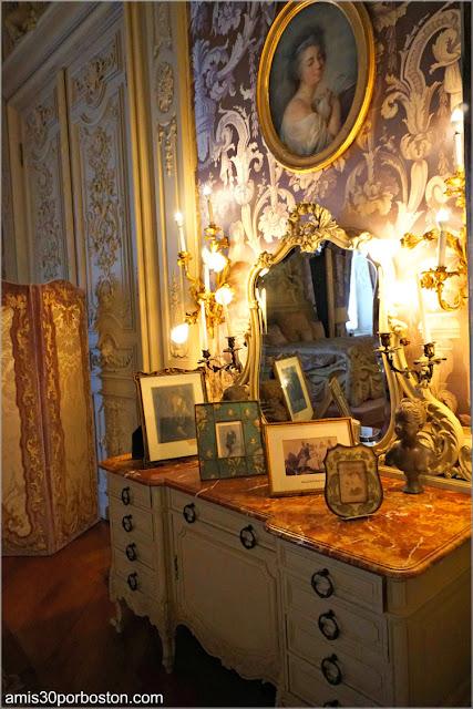 Tocador del Dormitorio de Alva en Marble House, Newport