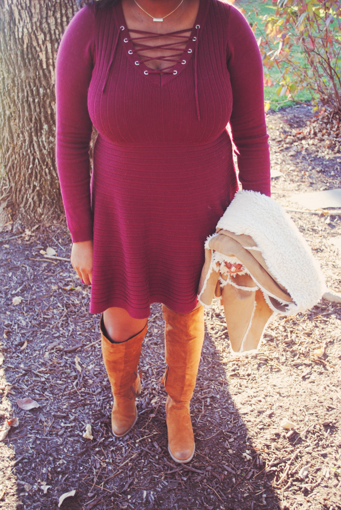 How to Wear Dresses for Chilly Fall Temps: Thanksgiving is only a few short days away and I could not be more excited! This holiday is easily my all-time favorite; I love spending time with family and looking back on the year and remembering everything I am thankful for. I still haven't finalized my Thanksgiving plans, but that doesn't mean I can't have my outfit picked out for my favorite time of the year! Lately, I have been leaning towards dresses - swing, babydoll, off the shoulder, you name and I've probably worn it in the past couple of weeks. I know a lot of people steer away from this item of clothing during this time of year because of the weather, but I'm here to tell you that you can make ANY dress work for cooler temps! Keep reading for my top tips on wearing dresses in the fall and my super comfy, yet chic Thanksgiving Day look!