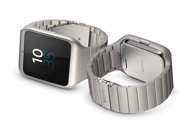 Sony SmartWatch 3 - water resistant