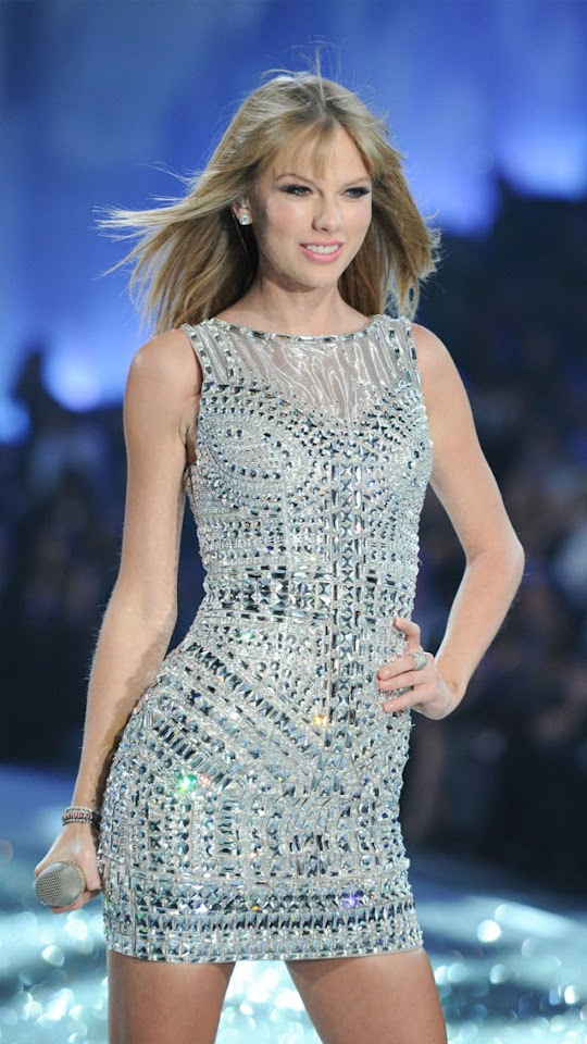 Taylor Swift At 2013 Victoria8217s Secret Fashion Show   Galaxy Note HD Wallpaper