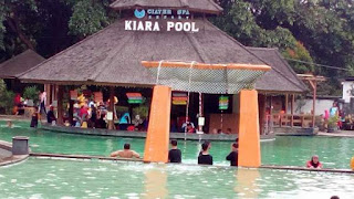 Family Gathering di Wisata Ciater Spa Resort Kiara Pool bersama SDIT Tazkia Insani