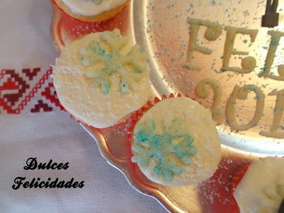 Cupcakes para Nochevieja de coco y chocolate blanco