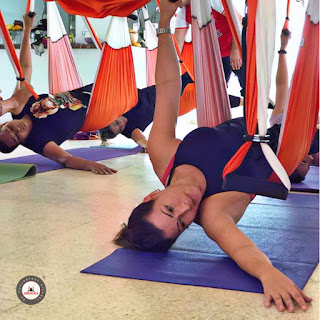 aeropilates, aeroyoga, aix en provence, formation, formation yoga, formation yoga aerien, france, maigrir, paris, pilates, remise en forme, stage, yoga aerien