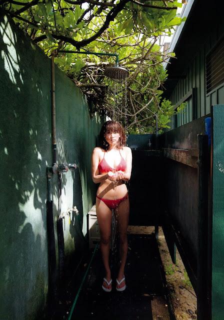 Hisamatsu Ikumi 久松郁実 La iku Photobook 07