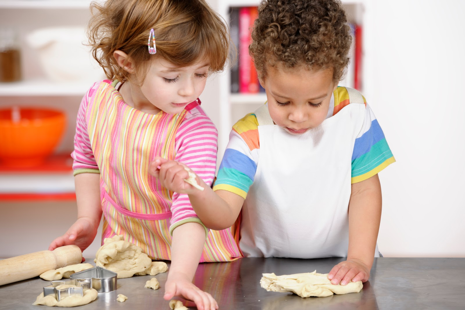 namc montessori savor flavor children working with dough