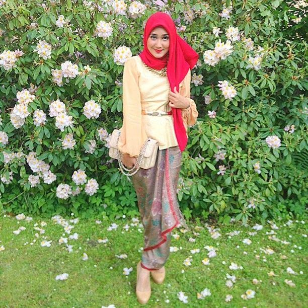 model hijab kebaya dian pelangi model kebaya dian pelangi terbaru