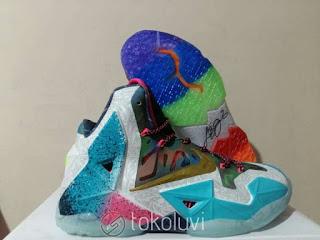 "Nike LeBron 11 "" What The "" Sepatu Basket Premium, harga nike lebron 11 what the, nike lebron 11 special edition , nike lebron 11 limited edition, nike lebron 11 colorful, replika, premium, import"