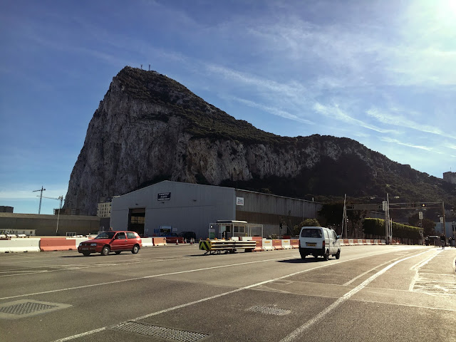 Spain to Gibraltar – Crossing the border