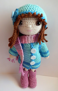 2000 Free Amigurumi Patterns: Winter clothes for Emily
